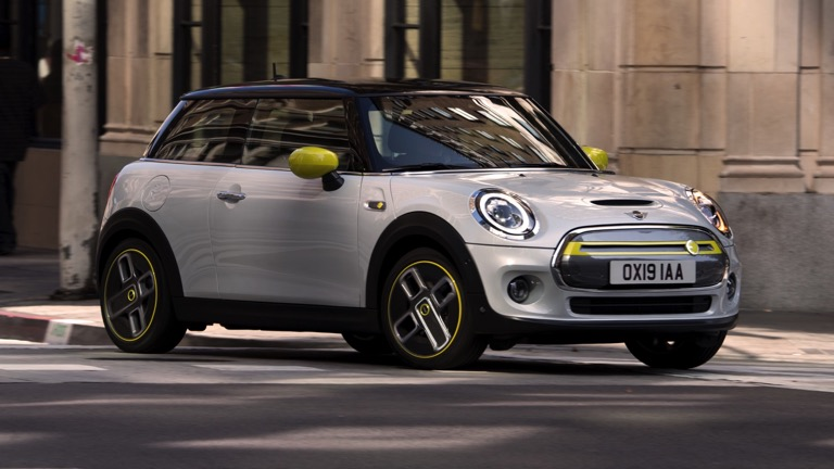 How Much Does A Mini Cooper Cost >> Mini Cooper Se Price And Specifications Ev Database