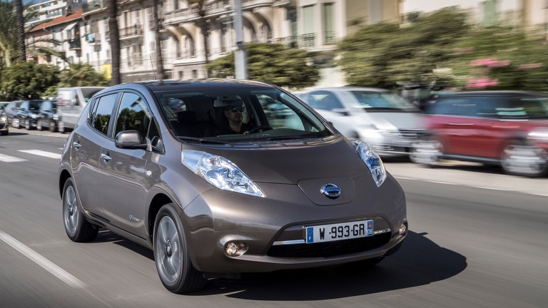 Nissan Leaf 2011 2013 Price And Specifications Ev Database