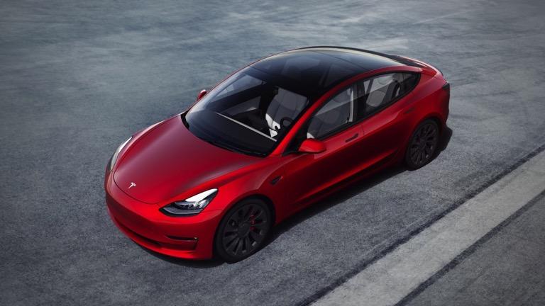 Tesla Model 3 Standard Range Plus price and specifications ...